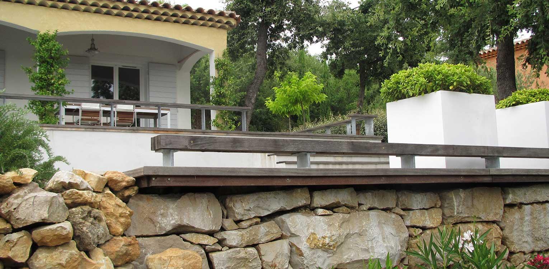 Villatuin brignoles denkers in tuinendenkers in tuinen ontwerpers van stijlvolle en tijdloze - Provencaalse terras ...