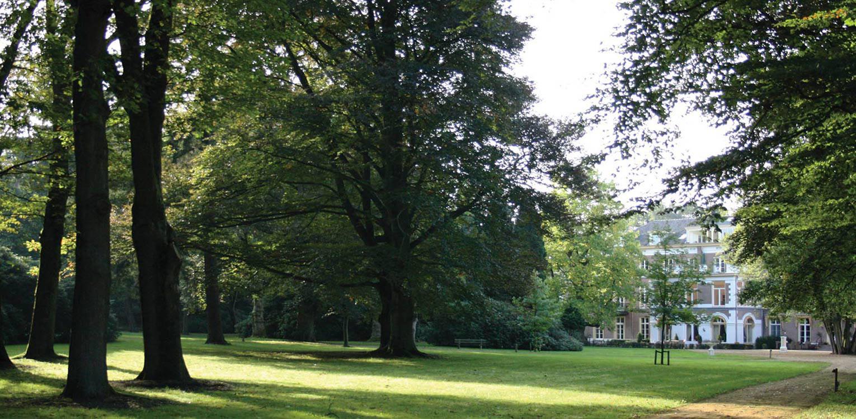 achterzijde parktuin landgoed Laag Soeren De 1930 situatie van de klassieke opzet van de tuin in landschapsstijl was leidend bij het herstel van dit natuurpark Denkers in Tuinen